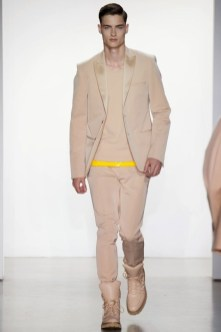 Calvin-Klein-Collection-Milan-Men-SS15-2530-1403444911-bigthumb