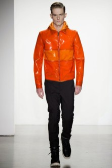 Calvin-Klein-Collection-Milan-Men-SS15-2530-1403444916-bigthumb