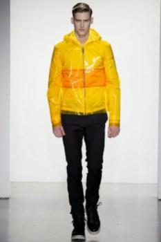 Calvin-Klein-Collection-Milan-Men-SS15-2530-1403444917-bigthumb
