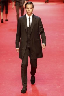 Dolce-_-Gabbana-Milan-Men-SS15-4122-1403353527-bigthumb