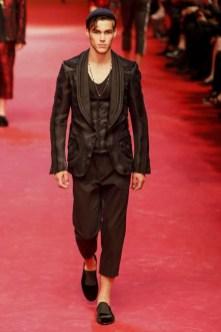 Dolce-_-Gabbana-Milan-Men-SS15-4240-1403353677-bigthumb