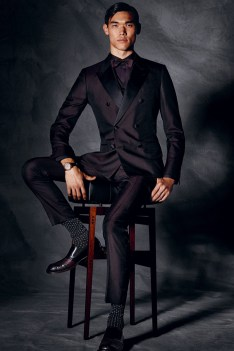 Dolce-and-Gabbana-Fall-Winter-2014-Men-Look-Book-Model-Images-015