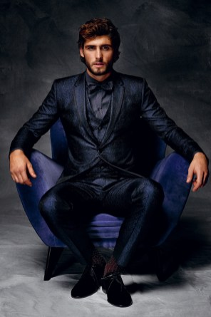 Dolce-and-Gabbana-Fall-Winter-2014-Men-Look-Book-Model-Images-018