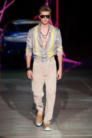Roberto-Cavalli-Men-Spring-Summer-2015-Milan-Fashion-Week-005