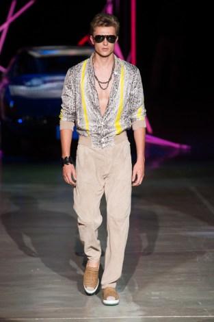 Roberto-Cavalli-Men-Spring-Summer-2015-Milan-Fashion-Week-005