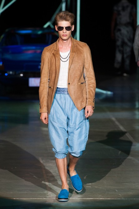 Roberto-Cavalli-Men-Spring-Summer-2015-Milan-Fashion-Week-013