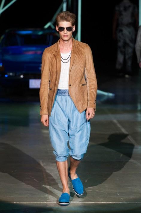 Roberto-Cavalli-Men-Spring-Summer-2015-Milan-Fashion-Week-013