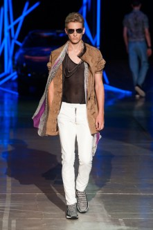 Roberto-Cavalli-Men-Spring-Summer-2015-Milan-Fashion-Week-015