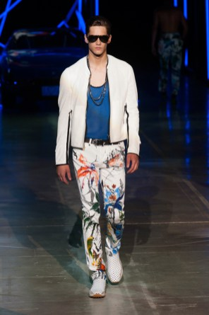 Roberto-Cavalli-Men-Spring-Summer-2015-Milan-Fashion-Week-020