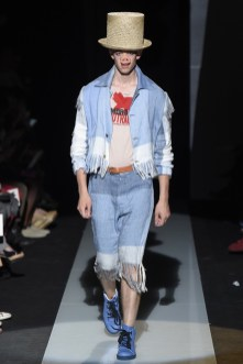 Vivienne-Westwood-Men-Spring-Summer-2015-Milan-Fashion-Week-017