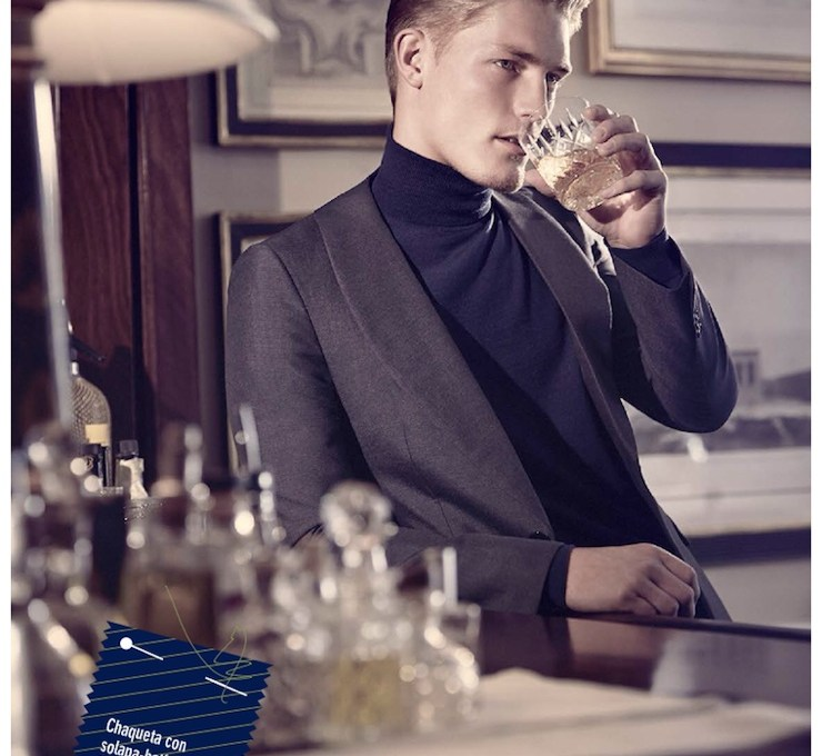 Gracing the pages of GQ Spain's September 2014 issue, model Harry Goodwins takes on sartorial styles for this story lensed by photographer Diego Merino. Paying homage to the British sartorial tradition, the blond model is styled by Jesús Cicero in looks from the fall collections of Dolce & Gabbana, Ermenegildo Zegna, Burberry Prorsum and more. This refined style is amplified by Harry's impeccable hairstyle and dandyish accessories, like printed silk squared and bow ties, or a stylish umbrella, which is an essential when faced with London's rainy weather. / Grooming by Keiichiro Hirano.