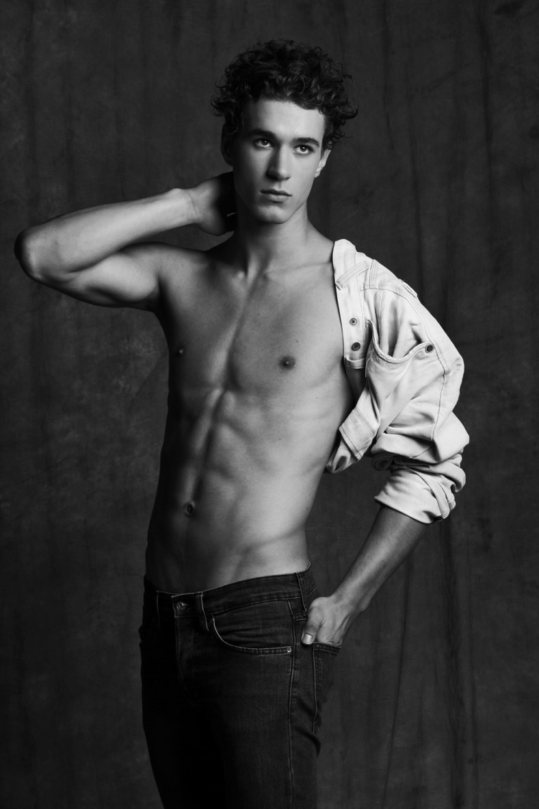 "Title: ""Jeans BOY"" Photographer: Wojciech Jachyra Model: Norbert Stomal Agency: Embassy Models Style, make up and hair style: Dorian Dandis Facebook: https://www.facebook.com/WojciechJachyraPhotography tumbler: http://doriandandis.tumblr.com/"