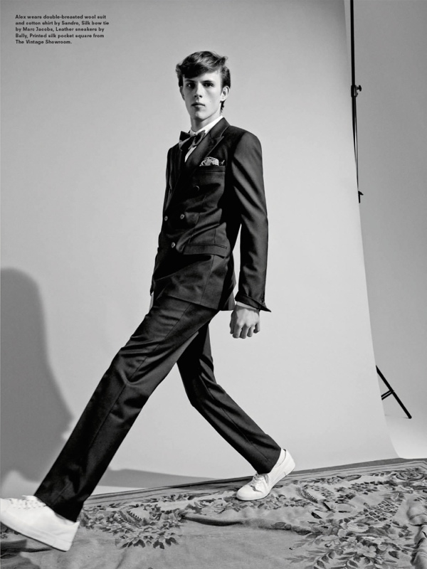 With a stylish photographer Andrea Spotorno delivers a fascinating editorial for AnOther MAN fashion magazine in the edition F / W 2014, for this deals with styling by Mattias Karlsson, the idea is great, with natural elements (flowers) to capture luxury watches shoes or other luxury accessories.