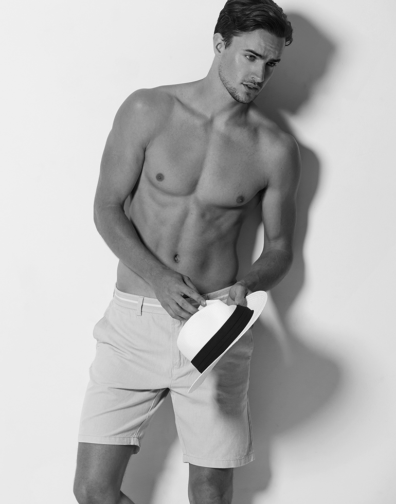 Fashionably Male Exclusive: Oliver Peake by Paul Fitzgerald