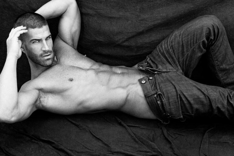 The ravishing American model Josh Owens stuns in this beautiful B&W series by photographer Greg Vaughan. Soon we'll exposed his entire portfolio of this beautiful adonis represented by Elite Models Miami. Stay tune.