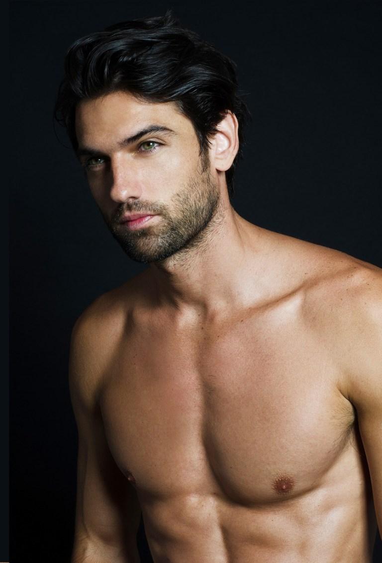 Meet Reed Favero - Fashionably Male