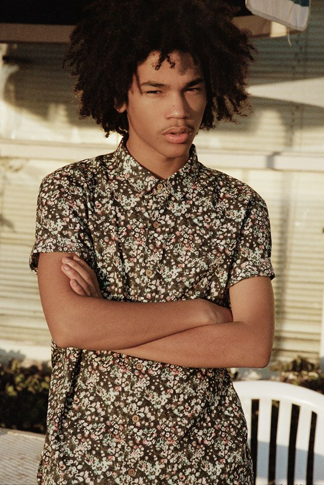 The Teen Mood is the editorial for Pull&Bear with models Luka Sabbat and Malcolm Lindberg photographed by Henrik Purienne at Venice Beach. Make up by Carolina Guzmán, styled by Alberto Murtrat and Pull&Bear team.