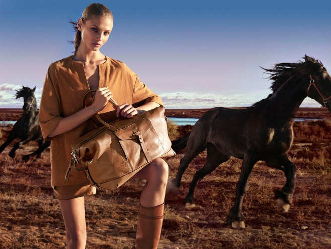 "Back again presenting Massimo Dutti The Equestrian Collection"" S/S 2015 by talented Hunter & Gatti.  ""Always true to a certain image and an approach that stands between that which is artistic and the familiar. That is precisely the technique so as to again create scenes that emanate magic in an affable universe."""