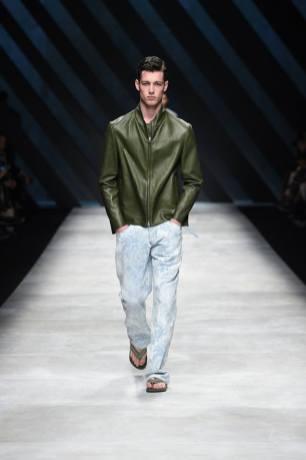 Ermanno Scervino Menswear Spring 2016911