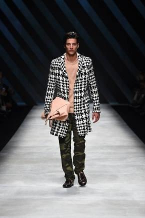Ermanno Scervino Menswear Spring 2016915