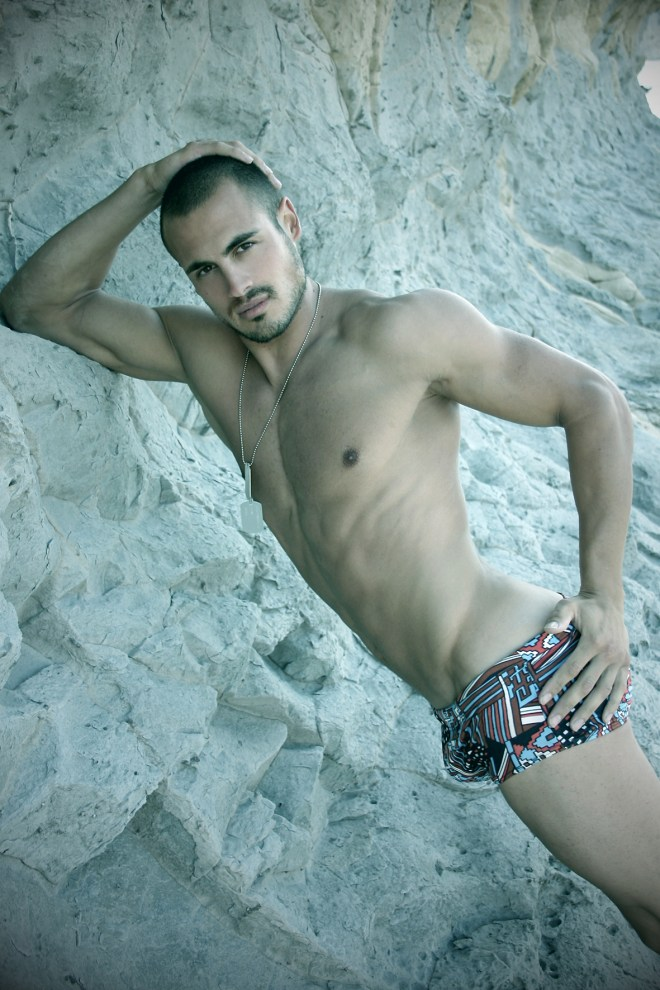 Newcomer Osca Muñoz posing in Javea (Alicante) snapped by Pas Ibañez.