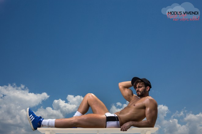 After the success of the first part of the campaign which featured model Alexandros Kaltsidis posing as a window cleaner the second part features him as the man in the clouds, posing in the new colours of the line which have just beed added. The Modus Vivendi Flash Line now has more new colour combinations, comprising 18 items in total, 6 for each underwear style (super low cut briefs, classic cut briefs and brazil cut boxers). I hope you like it!