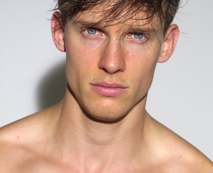 Select Models updated new polaroids of Chris Doe.