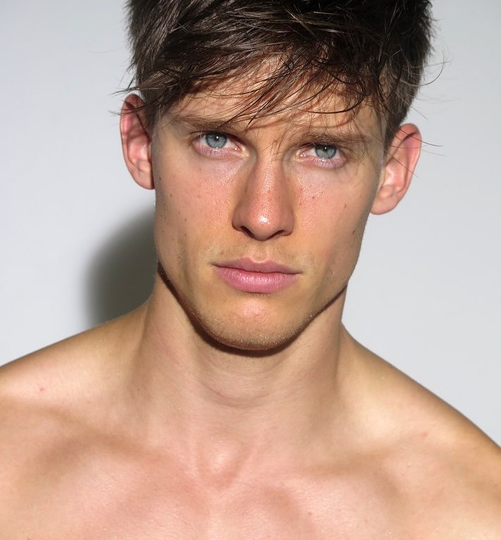 Select Models updated new polaroids of Chris Doe.