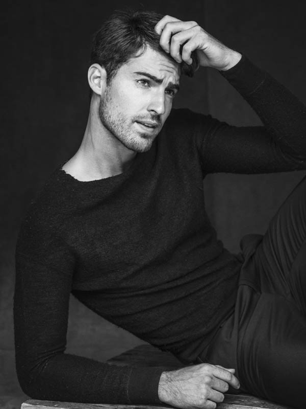 Sight Management Model Antonio Navas reunites with talented photographer Alejandro Brito to update some new snaps of Antonio.