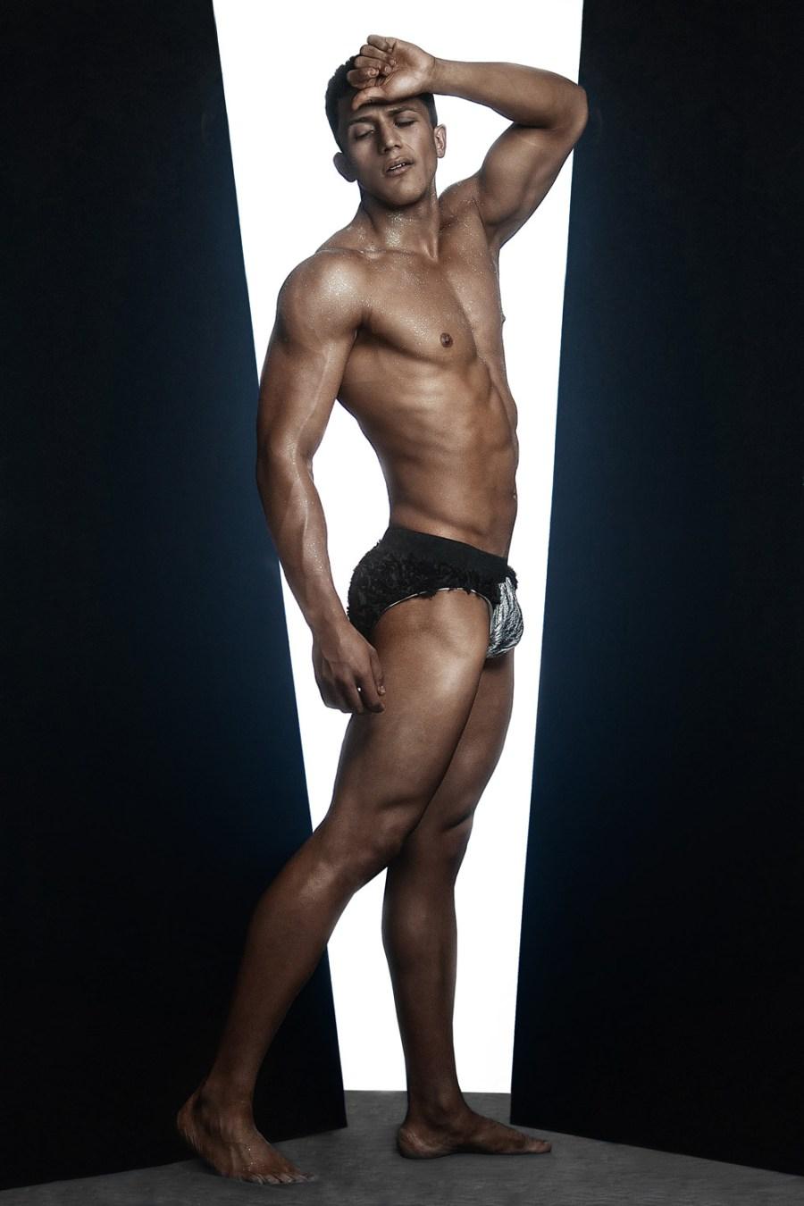 Erik Ramos by Chris Femat for Fashionably Male420