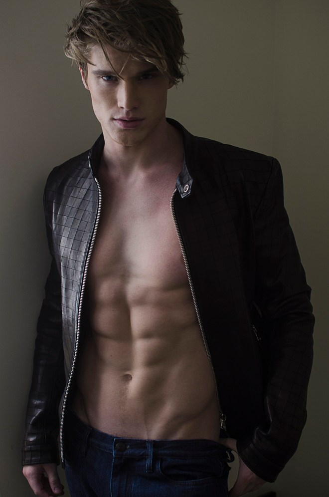 Drop dead gorgeous male model Matt McGue at Q Models catches up with photographer Danny Lang, grooming by Sami Rivera (MAC Cosmetics), clothing by Asaf Ganot.