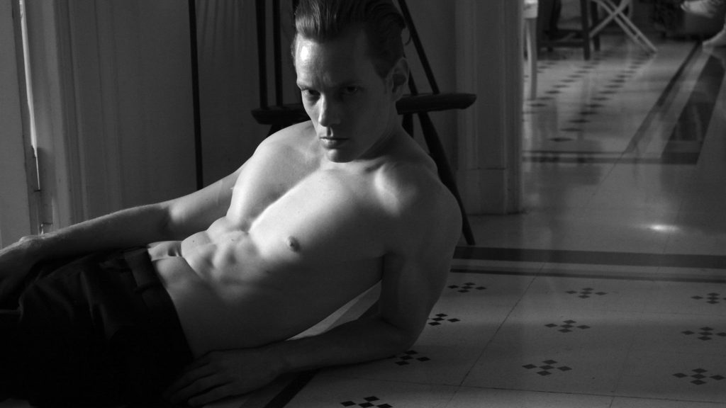 The intimate work of Fabian Pfenninger from Option model Germany by Kevin Pineda is indisputable gorgeous. A black and white session Kevin and Fabian get together at Intercontinental de la Ville Rome Hotel.