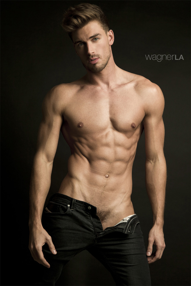 He's Dima Gornovskyi in a photography by David Wagner974