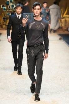 Dolce Gabbana FW 16 Milan (40)