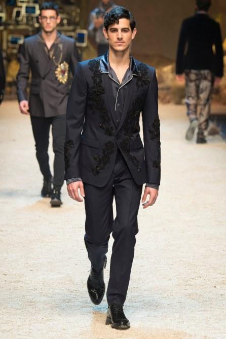 Dolce Gabbana FW 16 Milan (61)