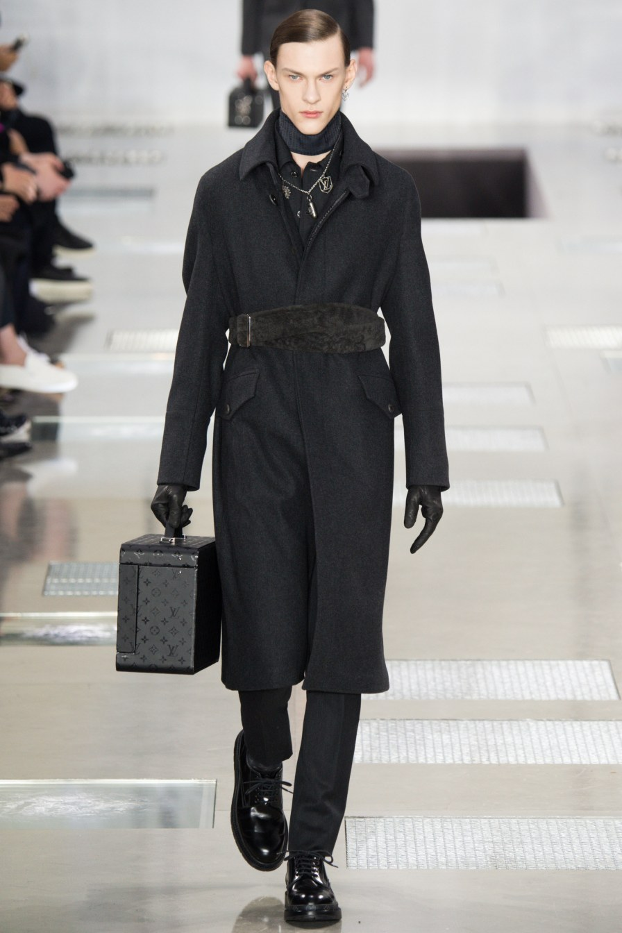 Louis Vuitton FW16 Paris