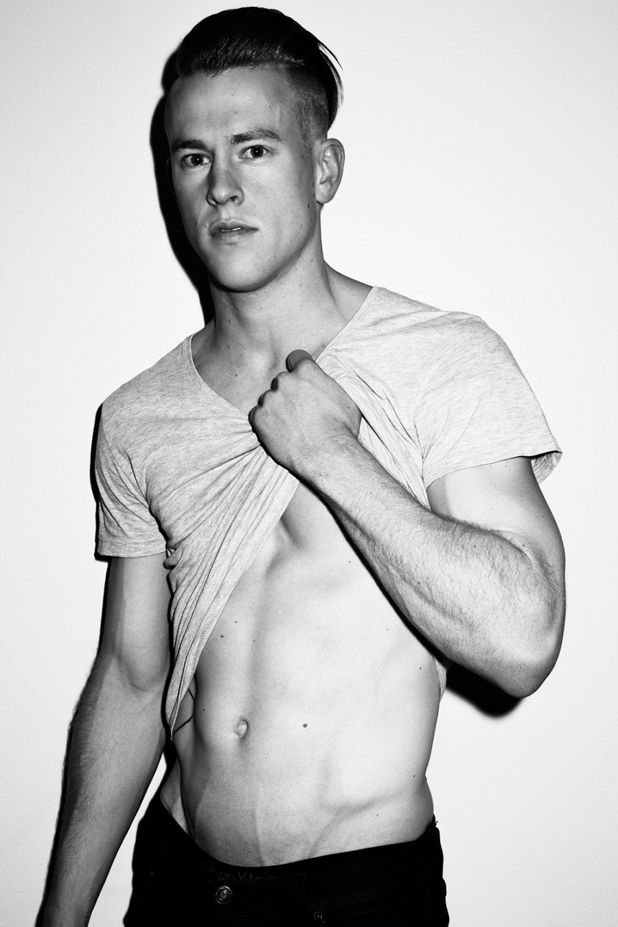 Tom Polson by Trent Pace for Fashionably Male (1)