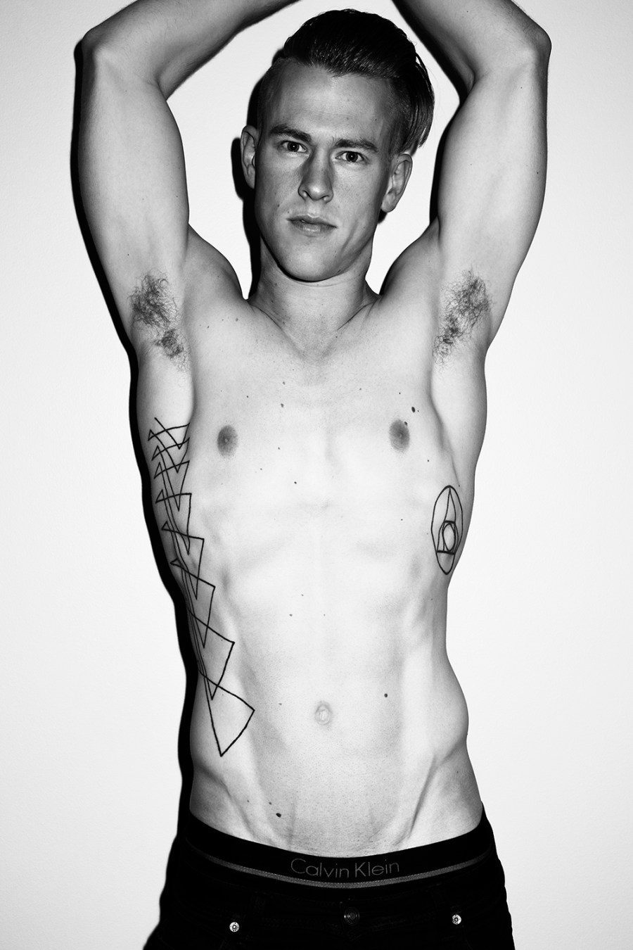 Tom Polson by Trent Pace for Fashionably Male (5)