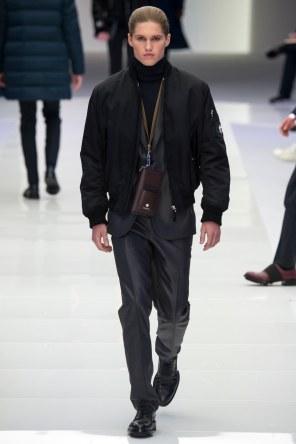 Versace FW 16 Milan (32)