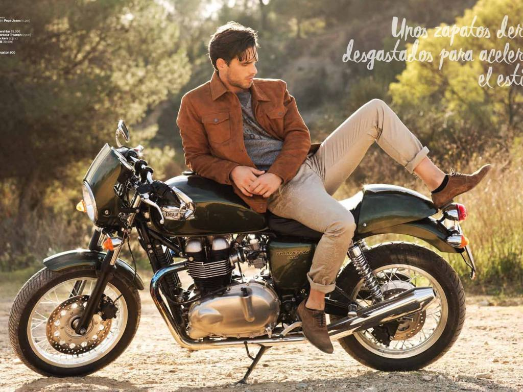 Simone Bredariol stars an editorial for Men's Health February issue. The model is photographed by Edu García in a shooting inspired in motorbike's guys. Simone wears clothes from Pepe Jeans and Guess.