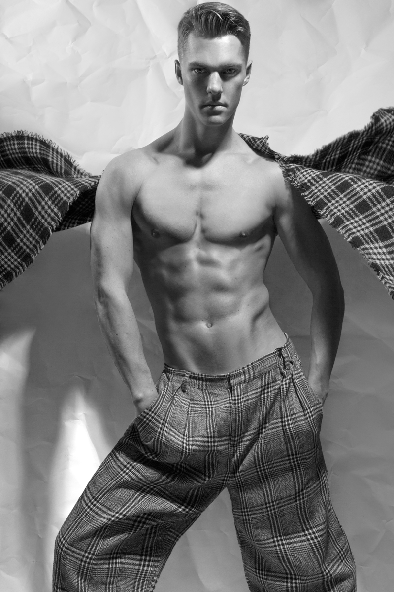 Finally we got the new work by photographer Jamie Mann featuring Tyler Soroka from I Model Management, styling by the photographer and Douglas Alfaro.