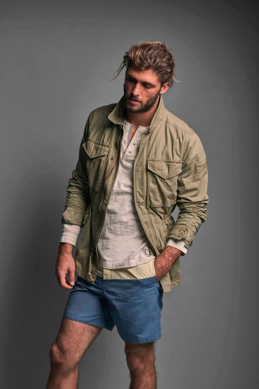 ABERCROMBIE & FITCH GETS SLEEK FOR SPRING:SUMMER 2016