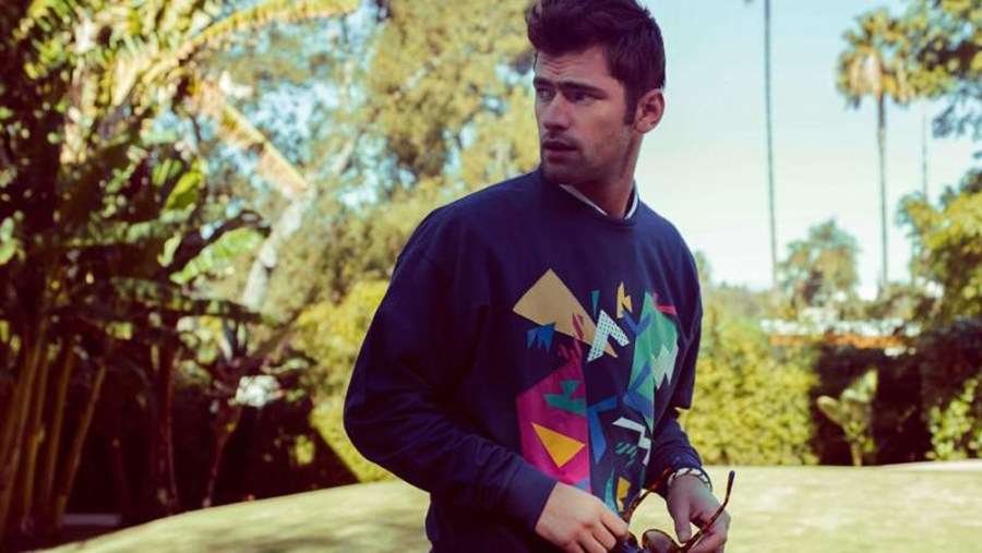 Penshoppe is known for its fresh take on casual wear. The brand delivers apparel that's stylish with attractive value. Starring Top model Sean O'Pry the new colorful campaign, including beautiful essentials, casual garments and young outfits.