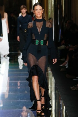 BALMAIN MENSWEAR SPRING SUMMER 2017 PARIS (75)