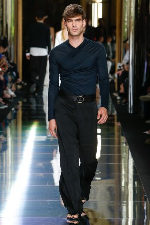 BALMAIN MENSWEAR SPRING SUMMER 2017 PARIS (76)