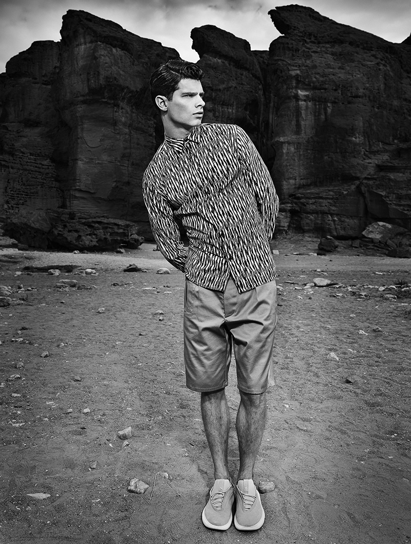 Hereby is the third editorial out of three that I styled for Winq Magazine as promised. For the editorial named ''In the ochre Hour'' we travelled to Israel where we drove to places like Dead Sea, Mitzpe Ramon and Timna Park to find the perfect shots for the editorial. Upcoming model Pieter from Max Models is clothed in Ermenegildo Zegna, La Perla, Christopher Kane, Hermes, Lou Dalton, Kenzo and Roberto Cavalli to name a few.