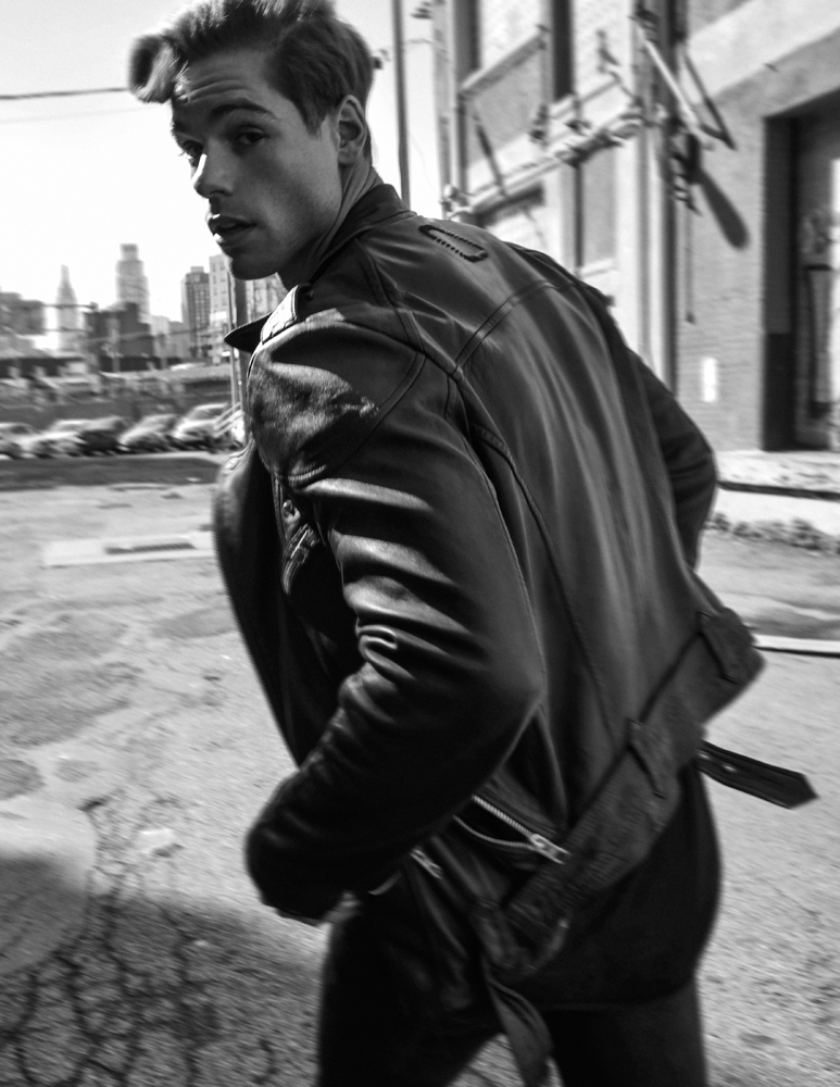 One thing I'll let you know dude, this handsome young gentleman still magnetized people from all over the world. Giovanni Bonamy shot outdoors in NY by photographer Lawrence Cortez. The Soul Artist Model & Scouting One featured in streetwear brands like All Saints & Tigha.