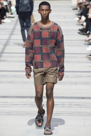 LOUIS VUITTON MENSWEAR SPRING SUMMER 2017 PARIS (28)