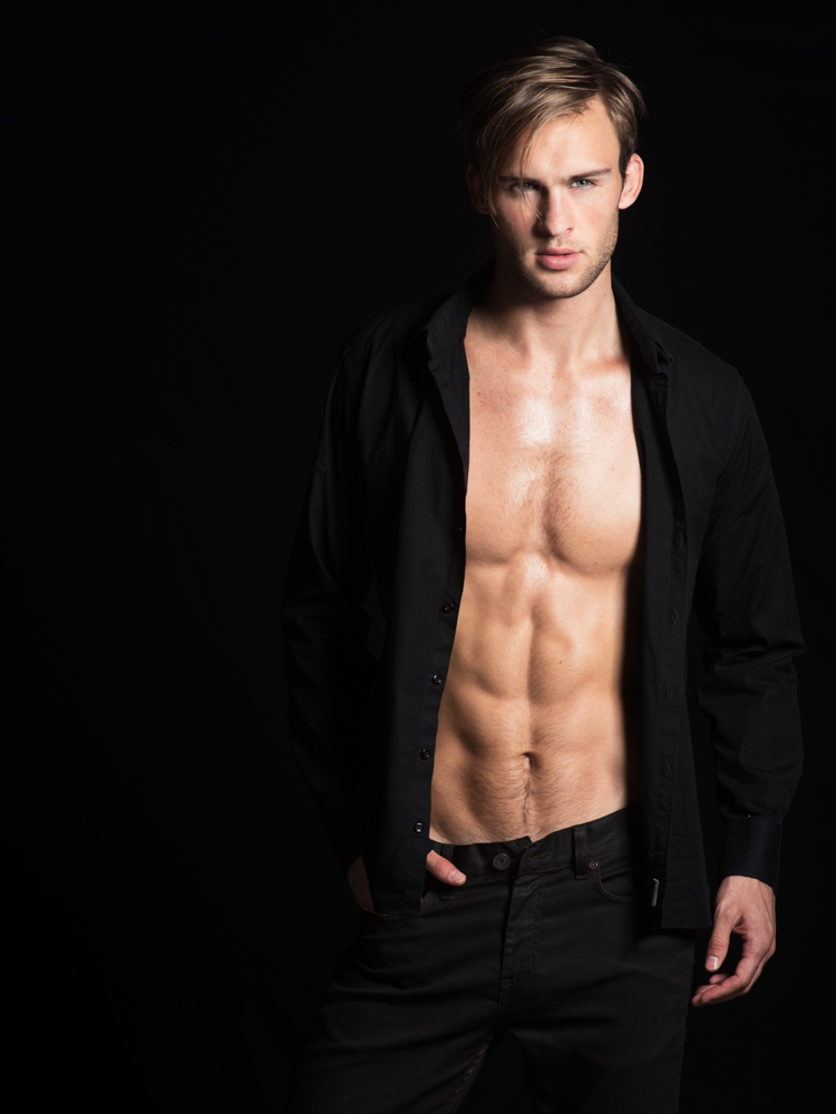 Alexander Taptsov by Frank Louis Photography (9)
