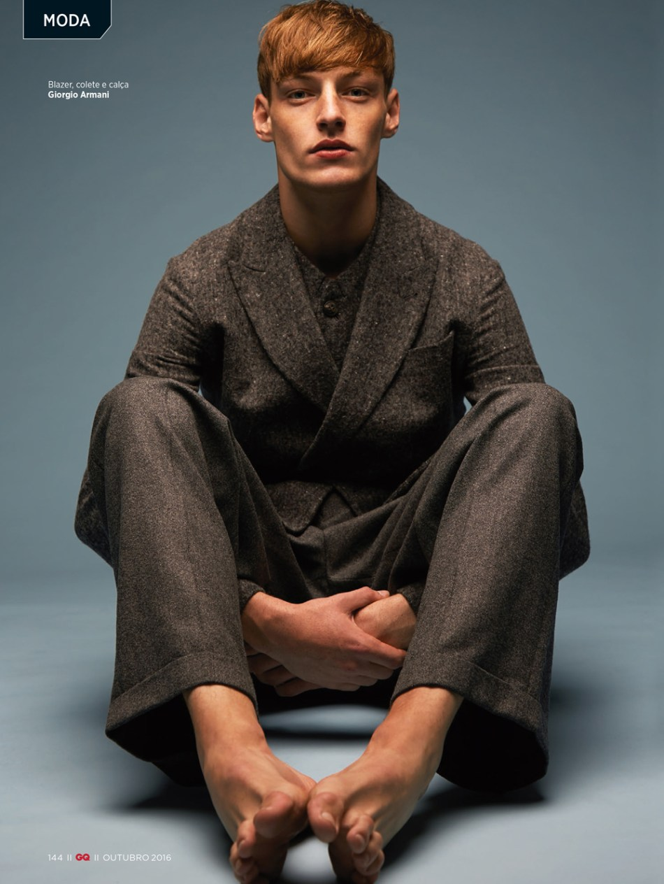roberto-sipos-by-karl-simone-for-gq-brazil3